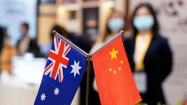 """Beijing se queja ante la OMC por las """"prácticas equivocadas"""" de Australia, citando movimientos históricos contra los productos chinos"""